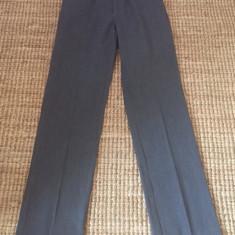Pantaloni superbi de dama Trussardi originali - Pantaloni dama Trussardi, Marime: 40, Culoare: Gri, Lungi