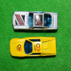 Lot 2 Machete / jucarie Masinuta Hot Wheels de metal, colectie, 6 cm