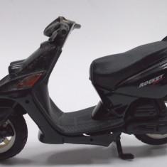MOTOCICLETA-SCARA 1/18- SCUTER-YAMAHA ROCKET++2999 LICITATII !!