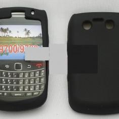 Toc silicon BlackBerry 9700 - Husa Telefon Blackberry, Negru, Plastic, Husa