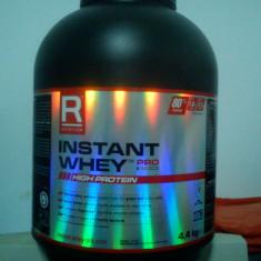 Vand WHEY INSTANT 4.4Kg constanta  80%proteina la 100 de grame