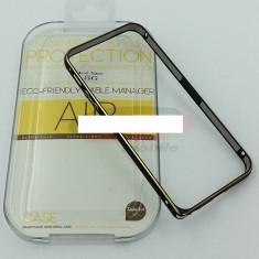 Bumper aluminiu iPhone 5 / 5S negru - Bumper Telefon