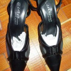 Pantofi negri eleganti cu toc varf ascutit LARA'S MADE IN ITALY 37 - Pantof dama Asos, Culoare: Negru, Piele sintetica