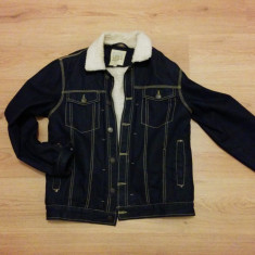 Jacheta Bershka, marime L, material Jeans, purtata rar. - Jacheta barbati Bershka, Marime: L, Culoare: Albastru
