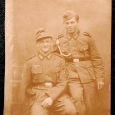 FOTOGRAFIE GERMANIA NAZISTA MILITARI GERMANI IN UNIFORMA NR. 17, 9 x 6, 5 cm ** - Fotografie veche