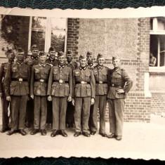 FOTOGRAFIE GERMANIA NAZISTA MILITARI GERMANI IN UNIFORMA NR. 24 - 9 x 6 cm ** - Fotografie veche