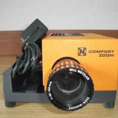 Aparat proiectie diapozitive COMFORT 200M(cu o mica problema) - Accesoriu Proiectie Aparate Foto