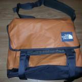 The North Face Base Camp Medium Messenger laptop Bag geanta de umar 00500