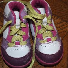 Adidasi piele tip ghetuta Clarks - Ghete copii Clarks, Marime: 21.5, Culoare: Din imagine, Fete, Piele naturala