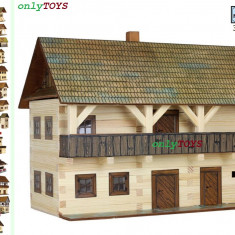Set constructie casuta casute traditionale din lemn Magistratura Tribunal - Set de constructie Walachia, 8-10 ani, Unisex