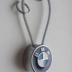 Breloc auto metal pentru bmw + o cutie simpla cadou