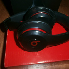 Casti Beats Solo 2 Monster Beats by Dr. Dre, Casti Over Ear, Cu fir, Mufa 3, 5mm, Active Noise Cancelling