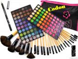 Trusa machiaj 120 culori mate Fraulein38 + Set 24 pensule + Eyeliner + CADOU