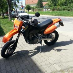 Ktm lc4 640 supermoto - Motocicleta KTM