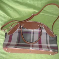 Geanta carouri dama fashion - Geanta Dama Alberta Ferretti, Culoare: Multicolor, Marime: Medie, Asemanator piele