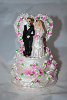 Marturii Nunta Figurina De Tort Cel Mai Mic Pret De Pe Piata