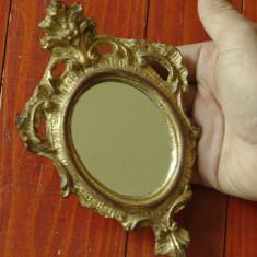 Oglinda de mana sau perete de dimensiuni mici cu rama ovala ornamentata frumos ! - Accesoriu foto