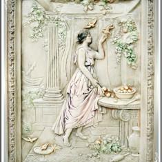 APLICĂ DE PERETE ROMÂNEASCĂ DIN IPSOS, COOP. ARTĂ APLICATĂ GALAȚI - CENUȘĂREASA! - Arta Ceramica