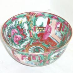 Bol (won) portelan pictat manual cca. 1900 famille rose - Made in HONG KONG - Arta din Asia
