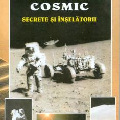 Roberto Pinotti - Spatiul cosmic - secrete si inselatorii - 250