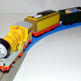 TOMY/TrackMaster trenulet baterii - Thomas & Friends locomotiva motorizata MOLLY