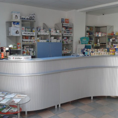 Vand mobilier farmacie