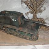 + Macheta scara 1/35 vopsita si montata tanc german Sturer Emil +
