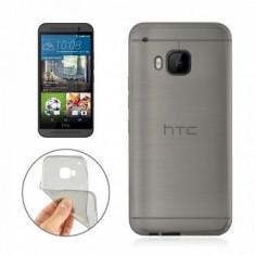 Husa soft silicon fumurie transparenta HTC ONE M9 + cablu date