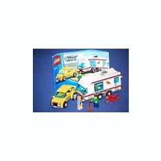 LEGO 4435 Car and Caravan