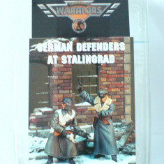 + Kit figurine RASINA 1/35 Warriors 35280 - German Defenders at Stalingrad +