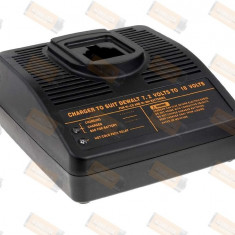Incarcator acumulator DEWALT model DE9071