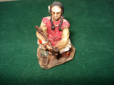 2485.Figurina din rasina AMERICAN NATIVE Luptator Comanche cu calumet 1:32