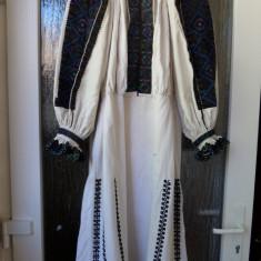 CAMASA POPULARA PENTRU FEMEI, TINUTUL PADURENILOR - Costum popular