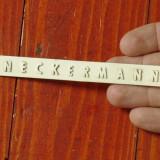 Sigla din plastic vintage - reclama cu scris in relief NECKERMANN !!!