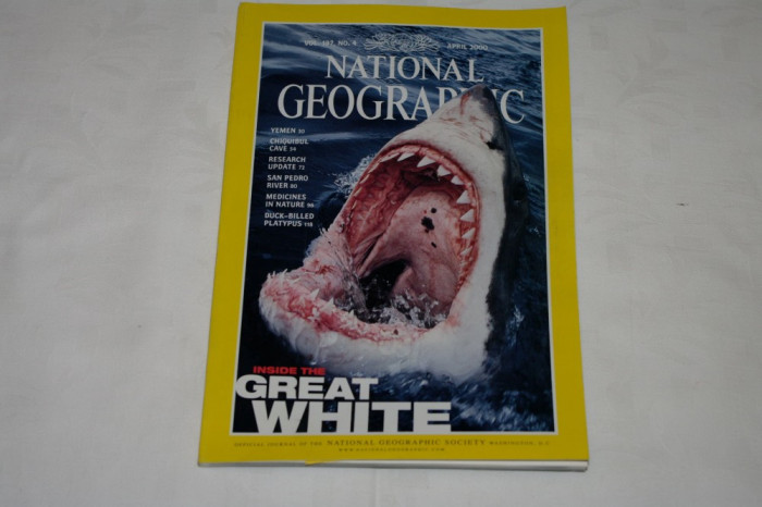 National Geographic - april 2000 - Inside the Great White