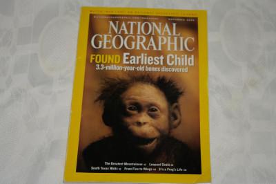 National Geographic - november 2006 - Found erliest child - 3.3 million year old foto