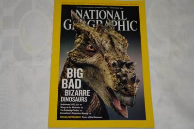 National Geographic - december 2007 - Big Bad bizzarre dinosaurs foto