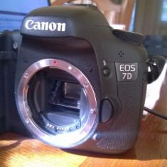 Canon 7D, body, stare perfecta, utilizat hobby - Aparat Foto Canon EOS 7D, Body (doar corp)