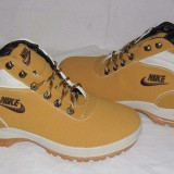 Bocanci Ghete Nike Mandara Camel nr. 41, 43, 44 - Bocanci barbati