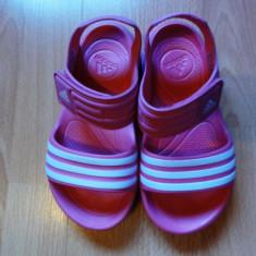 Sandale ADIDAS ptr.copii, culoare roz, marimea 31, noi. - Sandale copii Adidas, Culoare: Din imagine, Fete
