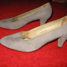 Pantofi piele naturala intoarsa, toc mediu, Mar 40, 5 - Pantof dama, Culoare: Gri, Piele intoarsa