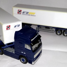 Herpa VOLVO GL FH12 road train Central Trailer Rentco ( CTR ) double 40
