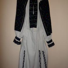 CAMASA POPULARA CU POALE, DIN TINUTUL PADURENILOR, PENTRU FEMEI - Costum popular