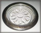Suport de sticla pentru pahar cu element metalic argintat
