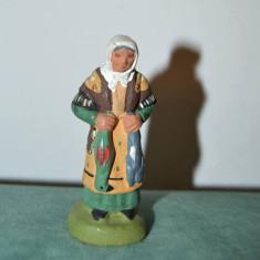 Figurina de lut, etno, taranca, vintage, 8cm, stanta J. PEYROM, coletie, decor