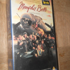 MEMPHIS BELLE ( 1990 ) - FILM DE COLECTIE CASETA VIDEO VHS - Film Colectie, Altele