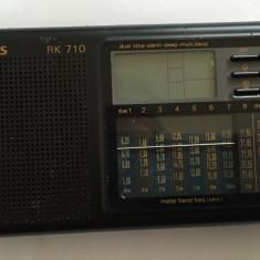 Radio portabil digital Siemens RK 710 cu 3 benzi defect - Aparat radio Philips, Analog