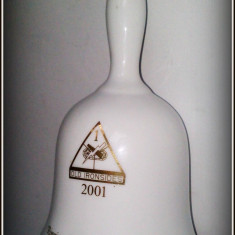 Clopotel portelan - RINGING IN THE NEW YEAR - 2001 - Arta Ceramica