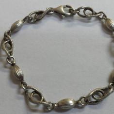 Bratara argint Superba VECHE Eleganta de Efect vintage executata manual Finuta