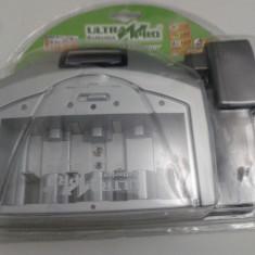 Incarcator acumulatori universal AA AAA 9V C D cu display lcd - Incarcator Aparat Foto Alta